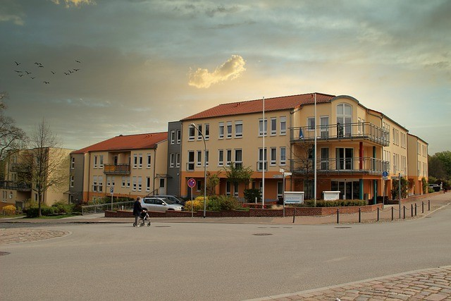 faut il investir dans résidence service? résidence étudiants? bon investissement immobilier et risques